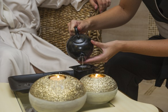Tea in the relaxation room at Antara Spa